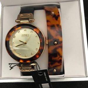 NWT Jones New York Signature Women's Watch